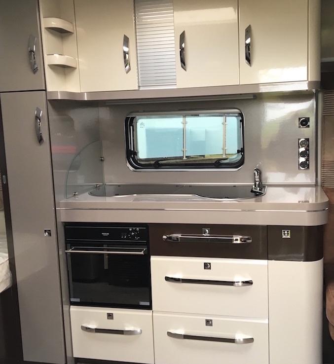 Hobby-660-wfu-premium-kitchen.jpg