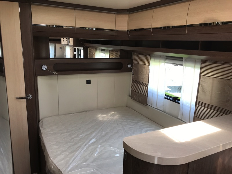 Hobby-720-kwfu-2018-bedroom.jpg