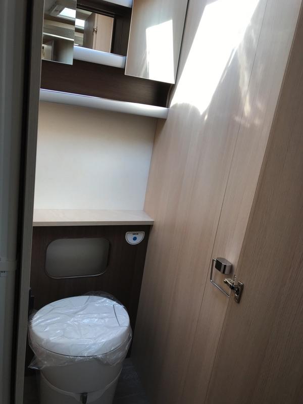 Hobby-720-kwfu-2018-toilet.jpg
