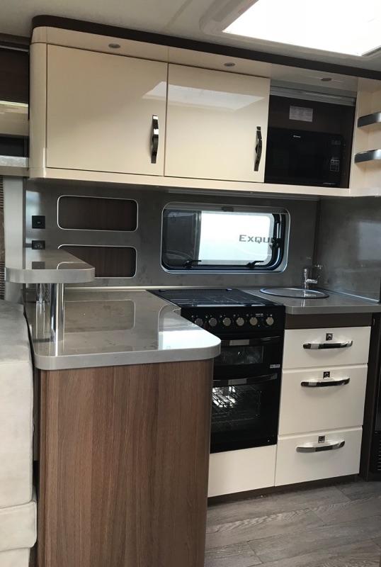 hobby_620_cl_2019_kitchen.jpg